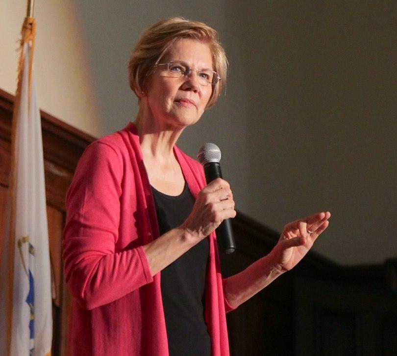 Elizabeth Warren-1024px-Holyoke_Town_Hall_(45342237014)_(a)
